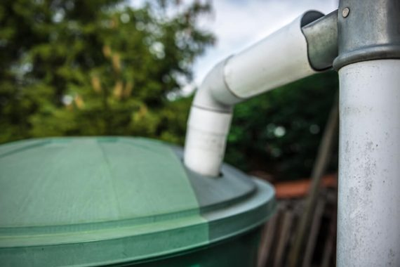instalação da caixa d'água